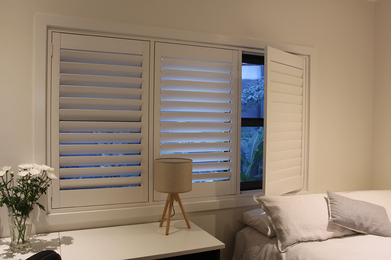 Plantation Shutters Hinged